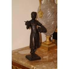 """Скульптура """"Девушка с виноградом"""" 21B110"""