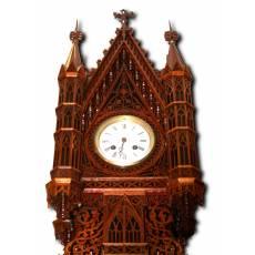 Часы в деревянном корпусе, западная Европа, середина 19 века 2PR5