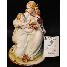"Статуэтка ""Материнство"" Porcellane Principe 799/PP"