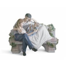 """Статуэтка """"Бесценный миг"""" Lladro 01008056"""