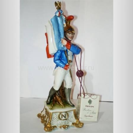 "Статуэтка ""Знаменосец"" Porcellane Principe 1120/PP"